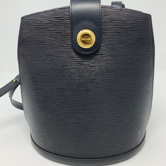 Louis Vuitton Handbags - LV Cluny Black Epi Leather Bucket Shoulder Bag